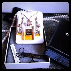 Chanel No. 5 perfum CC logo set.